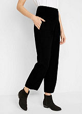 Straight Leg Capri Trousers