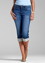 Turn-Up Denim Capri Pants