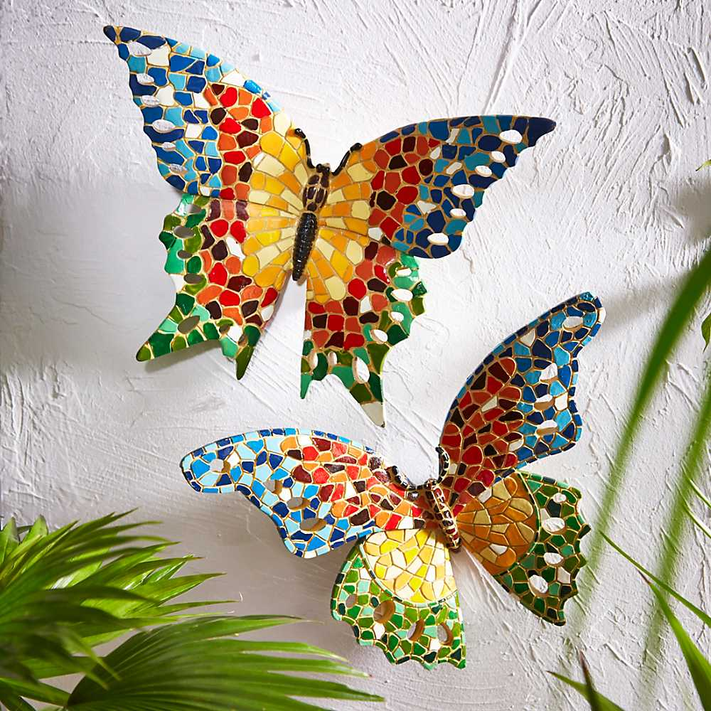 Garden butterfly outdoor fence decor ideas garden for Decoration mur exterieur jardin